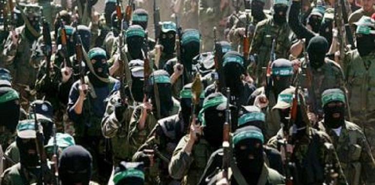 قراءة في صمود غزة: مع المقاومة أبداً