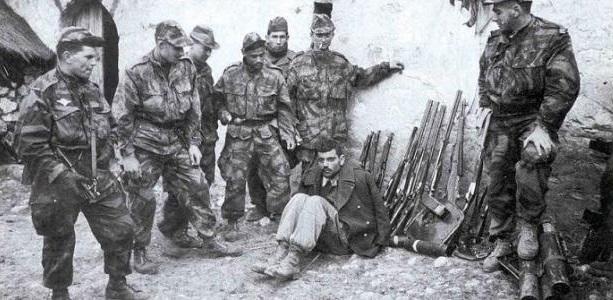 جنود فرنسيون إبان الاحتلال الفرنسي للجزائر
