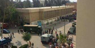 قوات الأمن داخل جامعة المنصورة