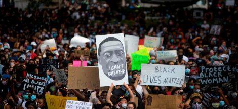 العنصرية والثورة في الولايات المتحدة