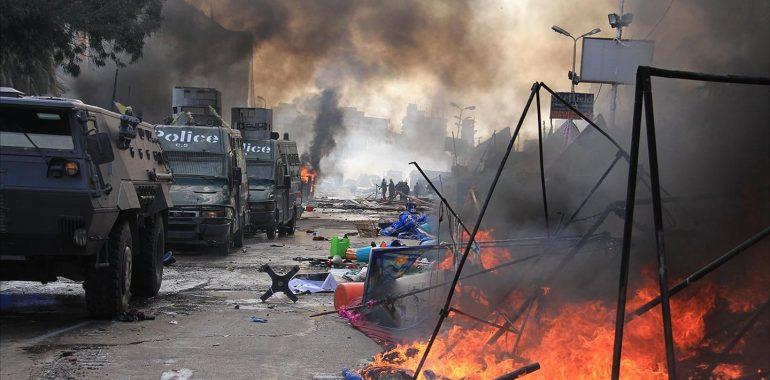 10 ملاحظات حول مذبحة رابعة والنهضة
